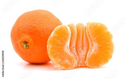 Fotografía  tangerine or mandarin fruit isolated on white background cutout