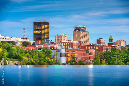 Photo Manchester, New Hampshire, USA Skyline on the Merrimack River