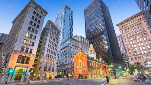 Fotografia  Boston, Massachusetts, USA Old State House and cityscape.