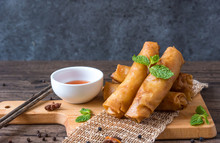 Deep Fried Spring Rolls, Por P...