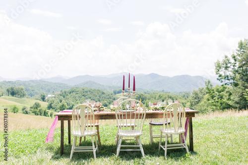 Fotografie, Tablou  Epic Mountain Table Setting