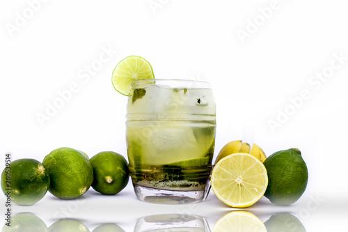 Valokuva  Popular Summer Drink isolated on white i