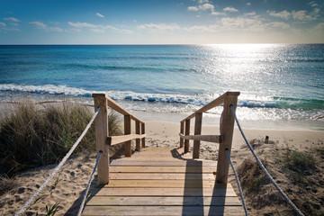 Fototapeta Morze Holzsteg durch die Dünen zum Strand
