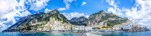 Photo sur Toile Cote Panoramic view of the town of Amalfi on coast in Italy