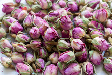 Heap Of Dried Pink Rosebuds Fo...