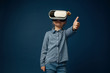 canvas print picture Child with virtual reality headset