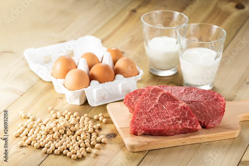 タンパク質を多く含む食品 Fototapeta