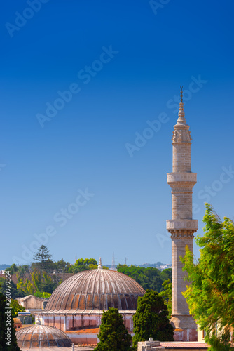 Fotografia  Minaret of the historic Suleiman Mosque in medieval City of Rhodes, Rhodes Dodecanese island, Mediterranean Sea, Greece