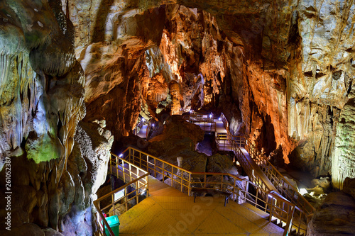 Photo Stands Kuala Lumpur Amazing geological forms in Tien Son Cave near Phong Nha, Vietnam. Limestone cave full of stalactites and stalagmites.