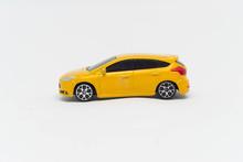 Model Samochodu Sportowego Ren...