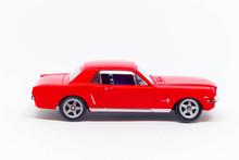 Ford Mustang Koloru Czerwonego...