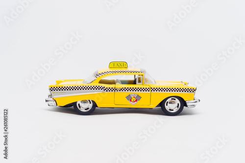 Fototapeta Model żółtej taksówki nowojorskiej vintage obraz