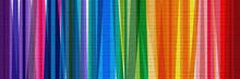 Bandes Multicolores Sur Mur En...
