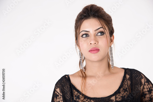 Photo  Young pretty girl in black dress