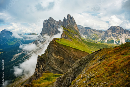 Fotografia  Amazing view Dolomites mountains from Seceda over Odle Puez Italy