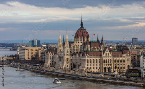 Fotografia  Aerial view of old city Budapest with Parliament building
