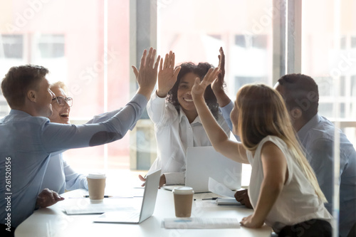 Photo  Happy multicultural executive team people give high five celebrate success