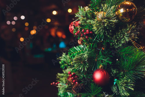 Fotomural  Closeup of Christmas tree decorated