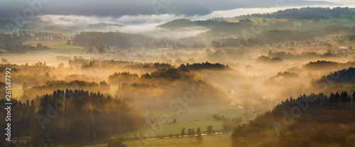 Fototapeta Foggy hills obraz