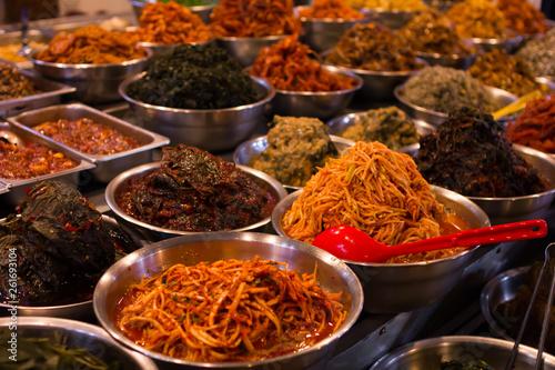 Fotomural  韓国チェジュ島の市場とスパイスや食べ物