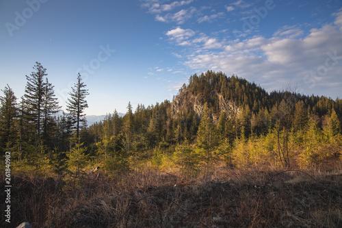 Fotografía  Mountain peak at sunrise