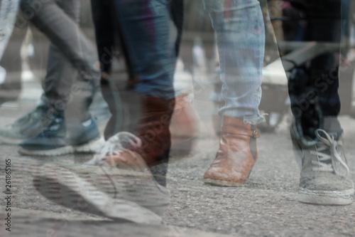 Gente caminando por una ciudad, foto 6, Madrid Canvas Print