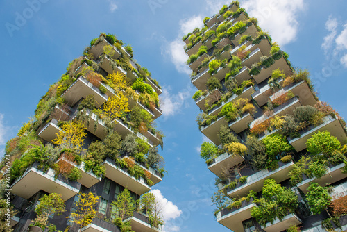 Photo sur Aluminium Milan Milan vertical forest