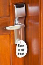 Please, Do Not Disturb ; Porte De Chambre D'hôtel