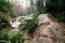 Sri Sang Wan Waterfall, Pha Da...