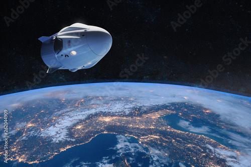 Pinturas sobre lienzo  Cargo spacecraft in low-Earth orbit