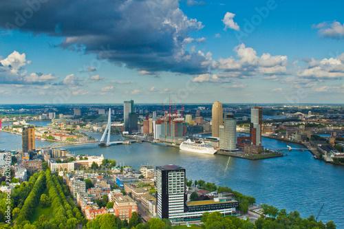 Foto auf Leinwand Rotterdam Rotterdam in den Niederlanden, Europa