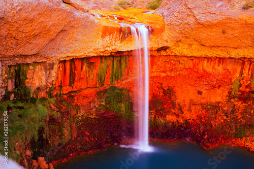 Photo sur Toile Rouge Salto del Agrio and Agrio river