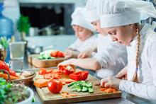 Children Grind Vegetables In T...