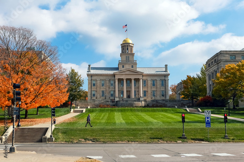 Carta da parati  Old Capitol building downtown Iowa City