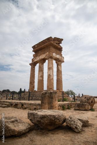 Fotografia  Agrigento Ancient Ruins in Sicily