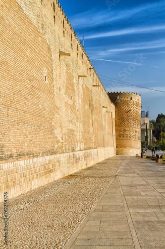 Fotografía  City walls in Shiraz, Iran
