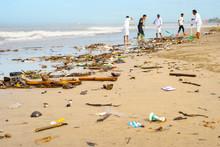 Cleaning Beach People Ocean Bali
