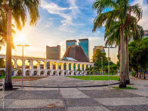 Türaufkleber Rio de Janeiro Arcos da Lapa (Lapa Arch) and Metropolitan Cathedral in Rio de Janeiro, Brazil