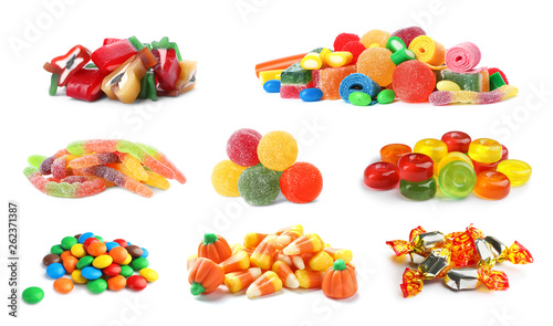 Fotografía  Set of different tasty candies on white background