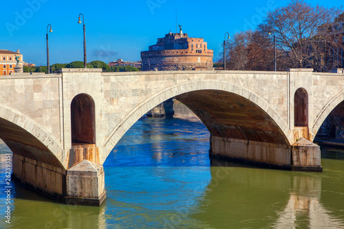Foto  Ponte Principe Amedeo Savoia Aosta and Castel Sant Angelo in Rome