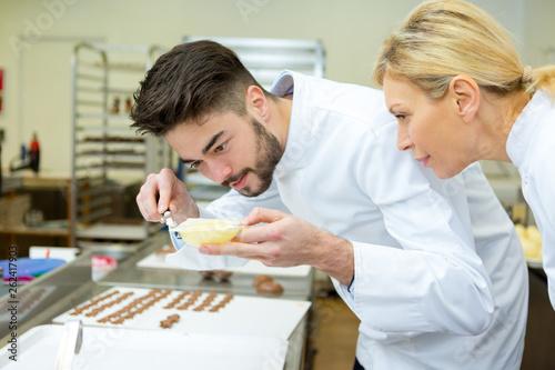 Photo  artisan chocolate making