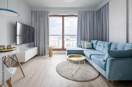 Contemporary living room – kaufen Sie dieses Foto und finden ...