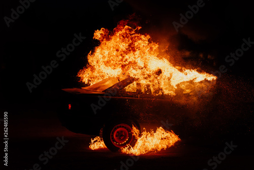 Canvastavla political protests, burning cars on the street