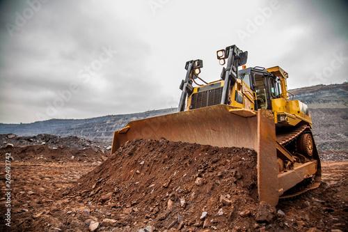 Fotografía  excavator on construction site