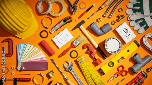 Obraz Do it yourself and home renovation tools - fototapety do salonu