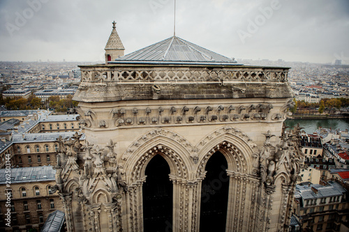 Fotografia  The roof of the tower of Notre Dame Cathedral