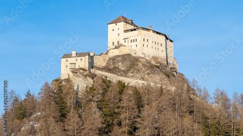 Valokuvatapetti Tarasp Castle - fortified mountain castle in Swiss Alps, Engadin, Switzerland