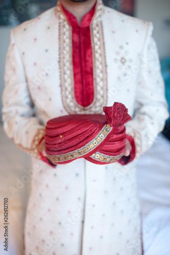 Fotografie, Obraz Hindu Indian Grooms Hat
