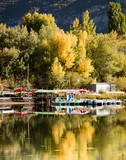 Fototapeta Do pokoju - paysage lac automne bateau