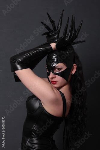 Carta da parati Attractive woman in leather latex cat costume